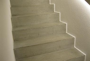 Kalkulator betonu na wylanie schodów